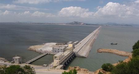 福清东壁岛围垦海堤工程通过竣工验收