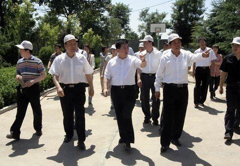 运城市副市长武宏文到永济检查防汛工作 - 山西