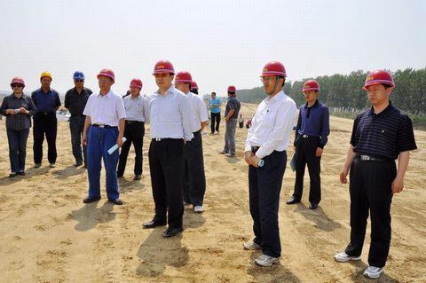 国务院南水北调办公室副主任张野一行考察东湖水库