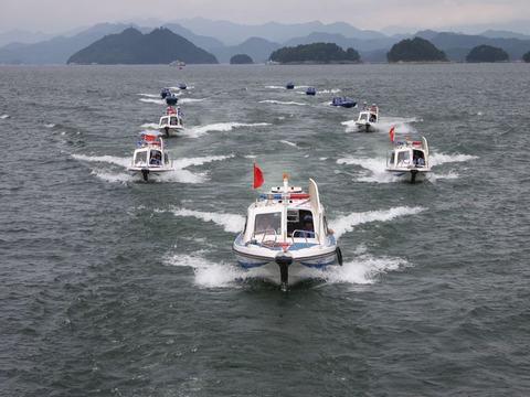 """淳安县举行千岛湖""""蓝剑2012""""渔业执法专项行动启动仪式"""