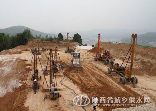 清水池灰土挤密桩施工 黄陵县城供水设施升级改造工程全面高清图片