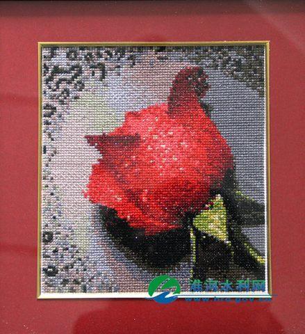 《玫瑰花》 十字绣
